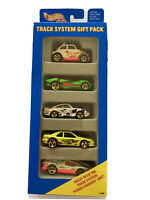 Vintage 1994 Hot Wheels Track System Gift Pack # 13366 Gold Wheels (MIB)