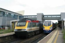PHOTO  2002 CLASS 180 NO 180 106 & FGW LIVERY HST AT BRISTOL PARKWAY RAILWAY STA