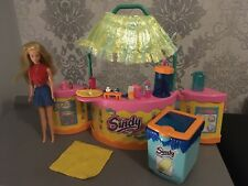 Vintage Sindy Hawaiian Beach Bar Rare Hard To Find Barbie Doll
