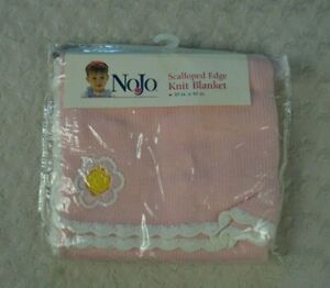NoJo Scalloped Edge Baby Blanket Pink Flower White Yellow Sweater Knit NEW