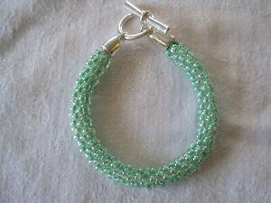 "Beaded  KUMIHIMO BRACELET Handmade GREEN  Size 8"" Togglr Clasp (E2)"