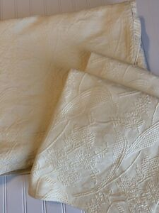 Columbine Cody Matleasse Coverlet Bedspread Shams Yellow Roses Portugal Queen