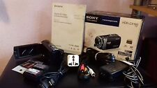HDR-CX190 intsc-Handycam-Completo con batería extra y tarjetas de 2 X 8 Gb Mem