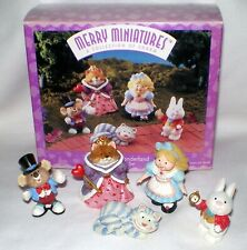 Hallmark Merry Miniatures 1996 Alice in Wonderland 5 pieces Qsm8014