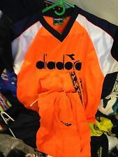 DIADORA CLOTHING T SHIRT /TROUSERS 34/36 INCH AT £22VERY BRIGHT