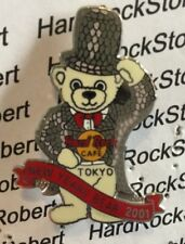2001 HARD ROCK CAFE TOKYO HERRINGTON TEDDY BEAR NEW YEARS BEAR LE PIN