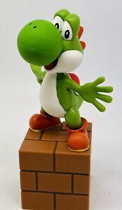 Nintendo Super Mario - Yoshi on Block Box 5 inch Statue (Paper Weight) 2012