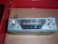 MOPAR 1970 70 DUSTER AM RADIO IN WORKING CONDITION