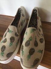 Keds Women 10 Slip On Canvas Pineapple Design Wf54943M A16-61443