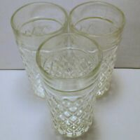 """Vintage Clear Glass Tumblers Drinking Glasses Diamond Pattern 6"""" Tall Set of 3"""