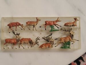 Walter Merten Germany 8 Miniature Plastic Deer No 1004 HO Eight Total