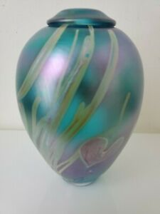 "Eric Brakken Studio Art Glass Vase Iridescent Hearts Vines Blue 1994 Vintage 6"""