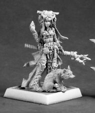 Reaper Feiya, Iconic Witch & Fox Familiar #60048 Pathfinder Miniatures Unpainted