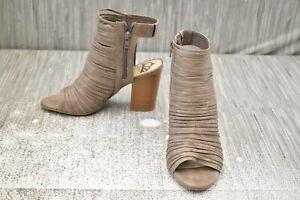 Fergalicious Jymboree Heel Pump, Women's Size 8M, Doe NEW