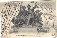 02 - cpa - SAINT QUENTIN - Devant du monument de 1557 (H9866)