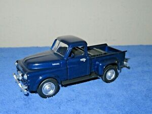 1952 DODGE PICKUP TRUCK BLUE 1:32 SCALE NEW-RAY OPENING DOORS