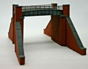 Detailed Model Railway Road Bridge For HO / OO New