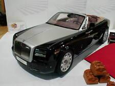 Kyosho KYO8641DBK # Rolls Royce Phantom Drophead Coupe Bj. 2012 schwarz 1:12
