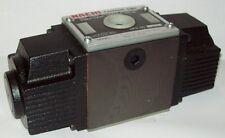 D05 4 Way 4/3 Hydraulic Solenoid Valve i/w Vickers  DG4V-3-2A-WL-D-**