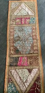 BEAUTIFUL VINTAGE INDIAN TABLE RUNNER HANGING BEADED GOLDWORK EMBROIDERY