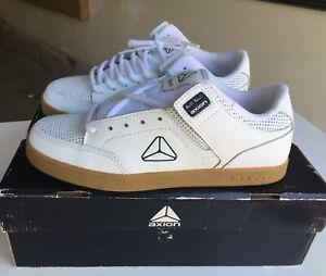 Axion footwear Mandela White/Gum Brand New size 9-Rare Skateboarding Shoe