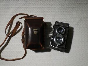 Vintage Rollei Rolleicord Model IId TLR Camera & Case