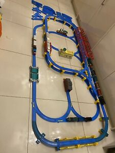 Tomy Thomas & Friends Trackmaster Large Mixed Track W/ Trains & Extra Track