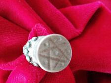 Anello lega di argento con motivi a sbalzo, antico originale artigianato berbero