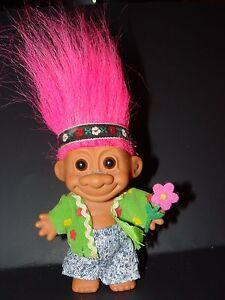 "Troll Doll 4 1/2"" Russ Flower Power Hippie Pink Hair B2"