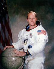 Apollo 15 Astronaut Alfred Worden Portrait 8x10 Silber Halogen Fotodruck