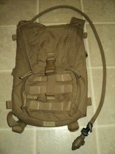 USMC Issue Coyote FILBE Hydration Carrier With Bladder