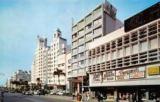 (702) Vintage Postcard of Collins Avenue, Miami Beach, Fla.