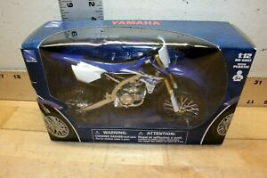 """""""New"""" Ray Yamaha~YZ 450F Moto Cross  Die Cast Blue and White #57703"""