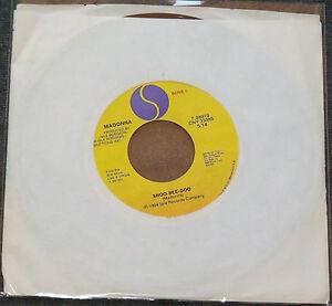 "MADONNA DRESS YOU UP SHOO-BEE-DOO 7"" VINYL US MADE IN USA RARE RARO 45 giri/rpm"