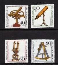 Germany MNH 1981 Youth Hostel - Optic Instruments  set mint stamps