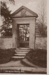 Herefordshire Postcard - John Kyrie's Gateway, Ross    T10461
