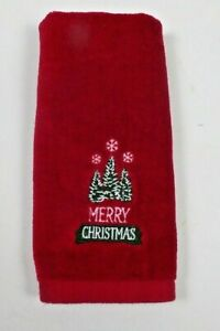 "St Nicholas Square Merry Christmas Tree Fingertip Towel Red 17 1/2"" x 11"""