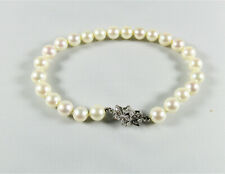 Pearl Bracelet with 14 KT White Gold and Diamond Clasp