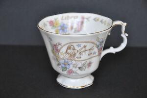 Tasse à thé fine porcelaine Royal Albert Série Zodiac – Balance  (T)