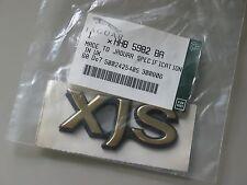 JAGUAR XJS GOLD REAR BADGE NOS HHB 5982 BA