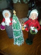 "1988,1996 Byers Carolers ""Decorating Townsquare"" W/ Tree, ornaments Sale"
