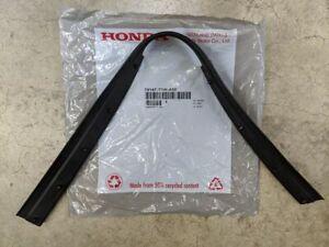 Genuine Honda CR-V Front Hood Rubber Gasket Seal 74147-T1W-A00 15 - 16