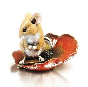 Mouse On Poppy.