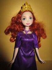 B763-DISNEY MERIDA PRINCESS BARBIE MATTEL ORIGINALE-ABITO + CORONA + CATENA + Scarpe RAR