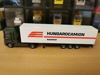 (P8) AWM / AMW LKW H0 1:87 Renault Sattelzug Hungarocamion