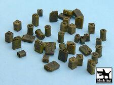 FUEL CANS accessories set, T48017, BLACK DOG, 1:48