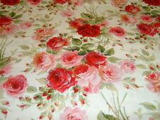 Blumen & Blüten Kleiderstoffe aus 100% Baumwolle