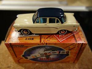 SIMCA ARONDE P60 1960 1/43 NOREV HACHETTE BLANC TOIT BLEU