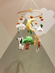 Baby Mobile Nursery / Safari Animals Mobile / Nursery Decor/ Crib Hanging mobile