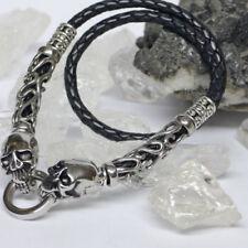 Modeschmuck-Halsketten & -Anhänger aus Leder und Edelstahl-Biker